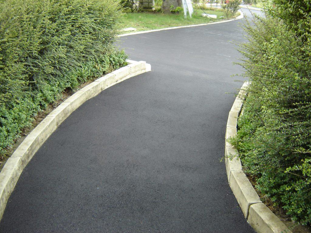Seamless asphalting